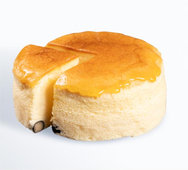 地大豆の豆乳スフレケーキ 黒豆入り